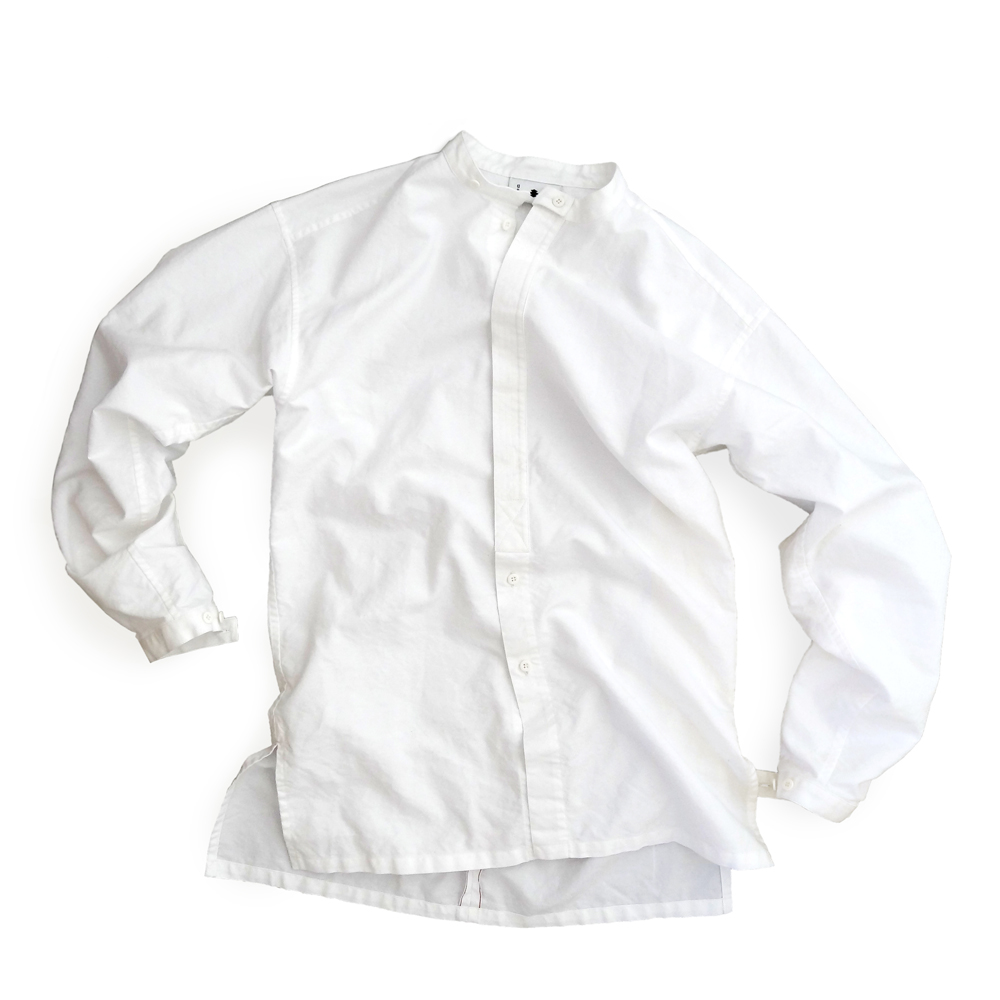 "<div style=""width:60px;display:inline-block;"">model</div> Monk Shirt<br><div style=""width:60px;display:inline-block;"">color</div> white<br><div style=""width:60px;display:inline-block;"">material</div> cotton<br>21,000JPY(+tax)"