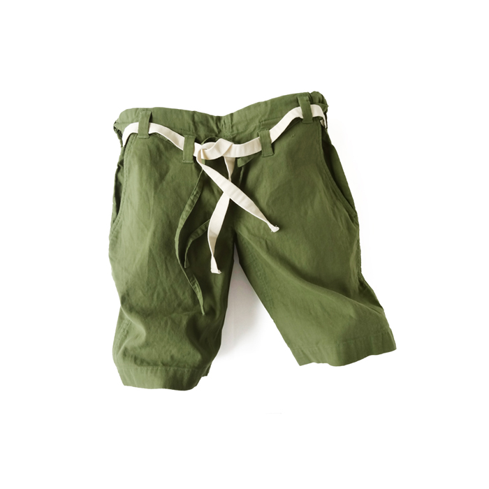 "<div style=""width:60px;display:inline-block;"">model</div> Karate Pants #8<br><div style=""width:60px;display:inline-block;"">color</div> Dark green<br><div style=""width:60px;display:inline-block;"">material</div> cotton<br><div style=""width:60px;display:inline-block;"">price</div> 18,000JPY(+tax)"