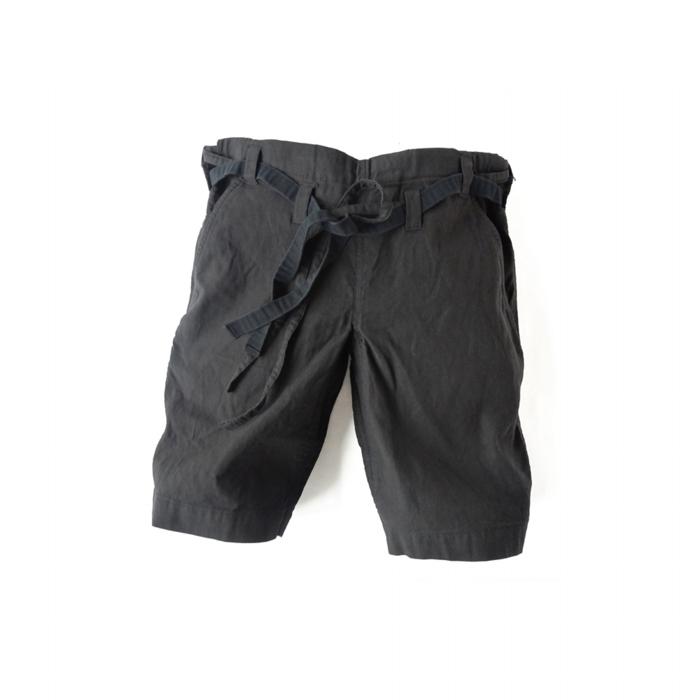 "<div style=""width:60px;display:inline-block;"">model</div> Karate Pants #8<br><div style=""width:60px;display:inline-block;"">color</div> charcoal black<br><div style=""width:60px;display:inline-block;"">material</div> cotton<br><div style=""width:60px;display:inline-block;"">price</div> 18,000JPY(+tax)"