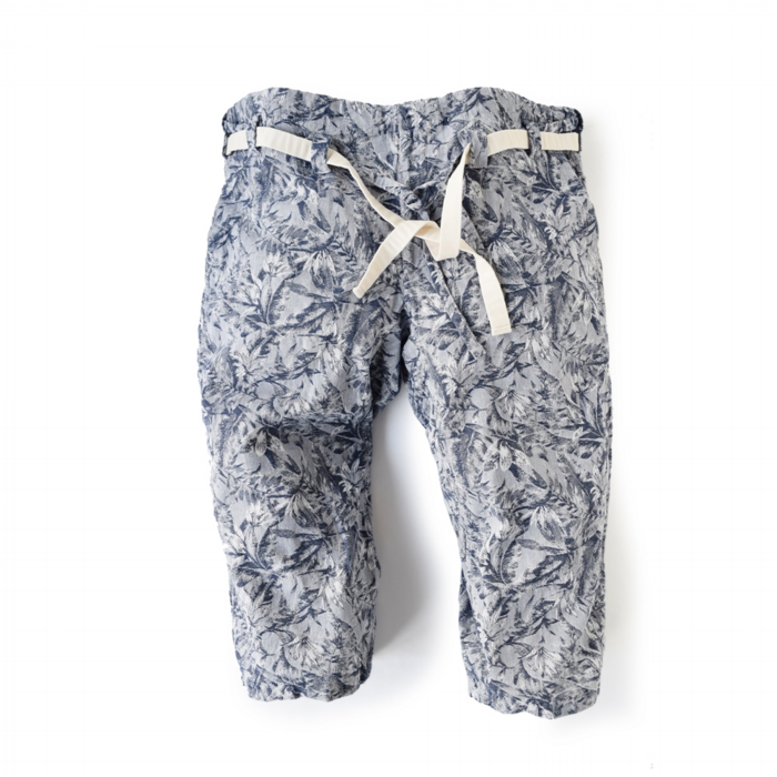 "<div style=""width:60px;display:inline-block;"">model</div> Karate Pants #10 ""Palm Leaves""<br><div style=""width:60px;display:inline-block;"">color</div> navy on white<br><div style=""width:60px;display:inline-block;"">material</div> cotton<br><div style=""width:60px;display:inline-block;"">price</div> 19,000JPY(+tax)"