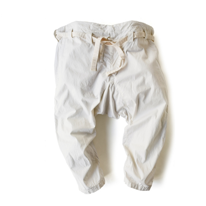 "<div style=""width:60px;display:inline-block;"">model</div> Karate Pants #12<br><div style=""width:60px;display:inline-block;"">color</div> ivory<br><div style=""width:60px;display:inline-block;"">material</div> cotton<br><div style=""width:60px;display:inline-block;"">price</div> 21,000JPY(+tax)"