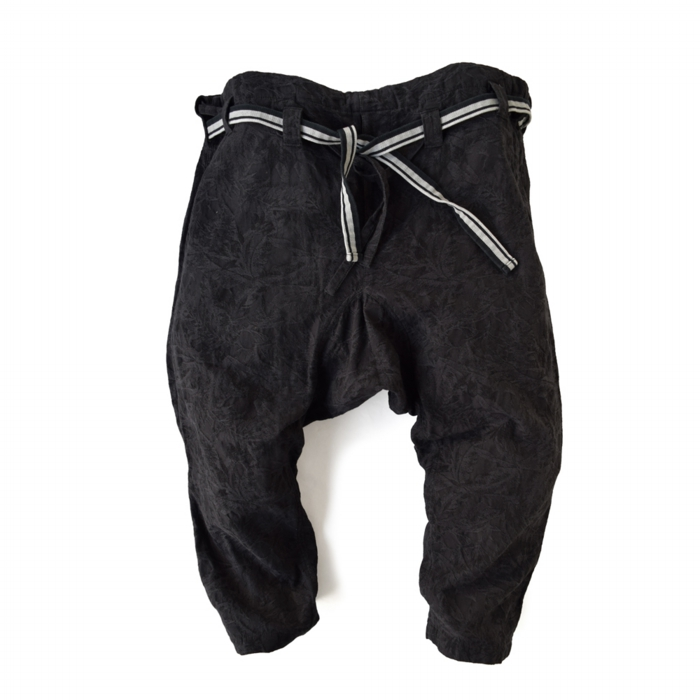 "<div style=""width:60px;display:inline-block;"">model</div> Karate Pants #12 ""Palm Leaves""<br><div style=""width:60px;display:inline-block;"">color</div> charcoal black<br><div style=""width:60px;display:inline-block;"">material</div> cotton<br><div style=""width:60px;display:inline-block;"">price</div> 19,000JPY(+tax)"