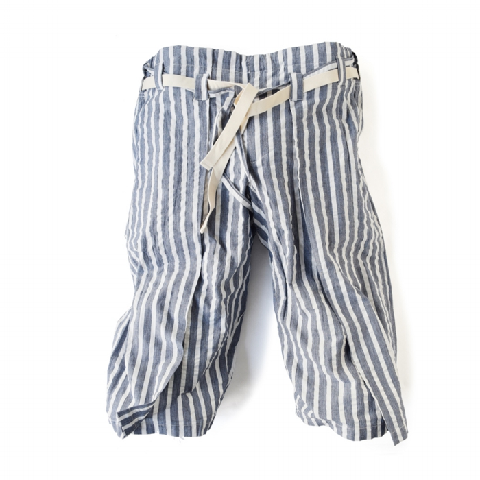 "<div style=""width:60px;display:inline-block;"">model</div> Karate Pants #11 ""Stripe""<br><div style=""width:60px;display:inline-block;"">color</div> navy on white<br><div style=""width:60px;display:inline-block;"">material</div> cotton<br><div style=""width:60px;display:inline-block;"">price</div> 21,000JPY(+tax)"