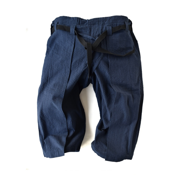 "<div style=""width:60px;display:inline-block;"">model</div> Karate Pants #11 ""Pinstripe""<br><div style=""width:60px;display:inline-block;"">color</div> navy<br><div style=""width:60px;display:inline-block;"">material</div> cotton<br><div style=""width:60px;display:inline-block;"">price</div> 21,000JPY(+tax)"
