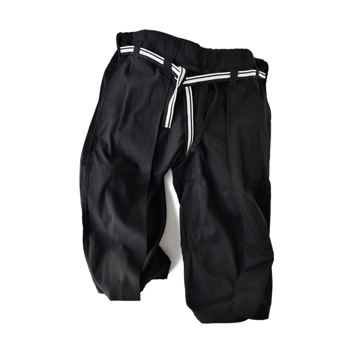 "<div style=""width:60px;display:inline-block;"">model</div> Karate Pants #11<br><div style=""width:60px;display:inline-block;"">color</div> black<br><div style=""width:60px;display:inline-block;"">material</div> cotton<br><div style=""width:60px;display:inline-block;"">price</div> 21,000JPY(+tax)"