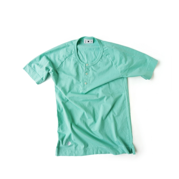 "<div style=""width:60px;display:inline-block;"">model</div> T-shirt #87<br><div style=""width:60px;display:inline-block;"">color</div> jade<br><div style=""width:60px;display:inline-block;"">material</div> cotton<br><div style=""width:60px;display:inline-block;"">price</div> 8,900JPY(+tax)"