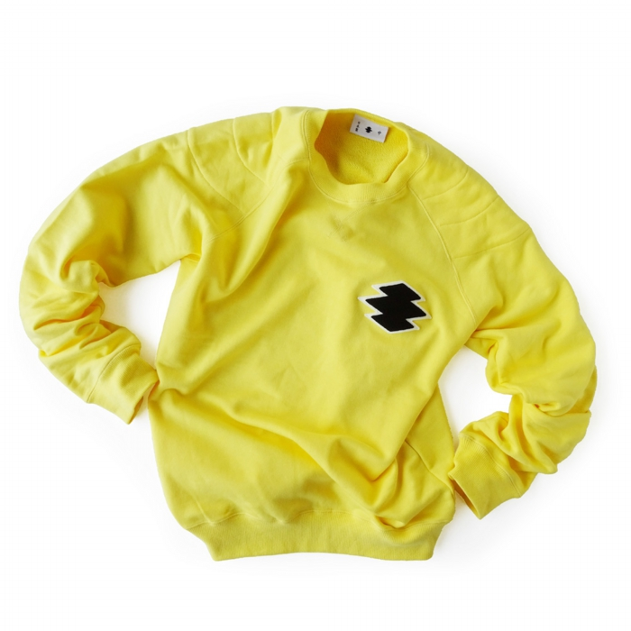 "<div style=""width:60px;display:inline-block;"">model</div> Sweat Pullover ""Matsukawa Lozenges""<br><div style=""width:60px;display:inline-block;"">color</div> yellow<br><div style=""width:60px;display:inline-block;"">material</div> cotton<br><div style=""width:60px;display:inline-block;"">price</div> 16,000JPY(+tax)"