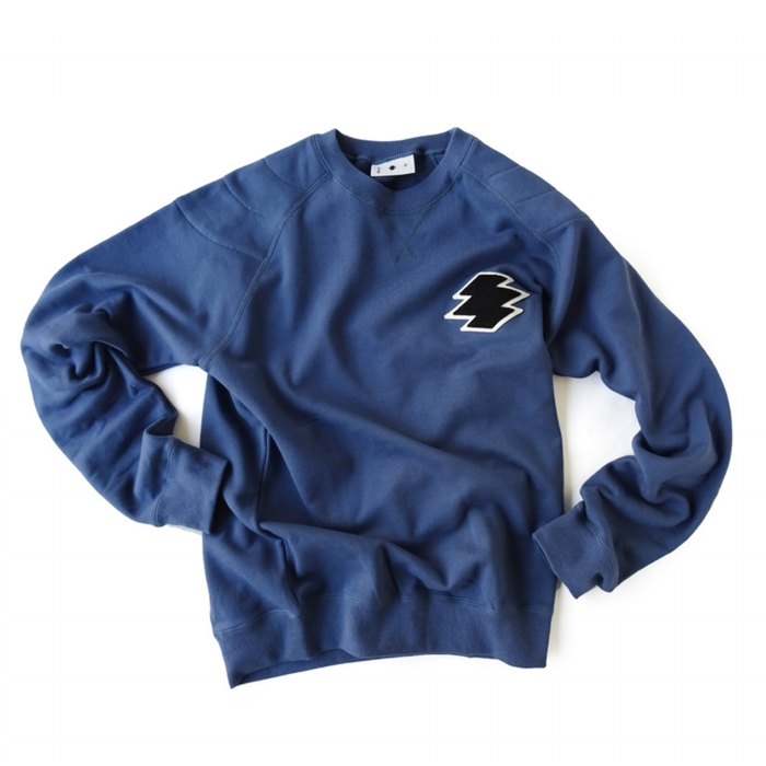 "<div style=""width:60px;display:inline-block;"">model</div> Sweat Pullover ""Matsukawa Lozenges<br><div style=""width:60px;display:inline-block;"">color</div> indigo<br><div style=""width:60px;display:inline-block;"">material</div> cotton<br><div style=""width:60px;display:inline-block;"">price</div> 16,000JPY(+tax)"