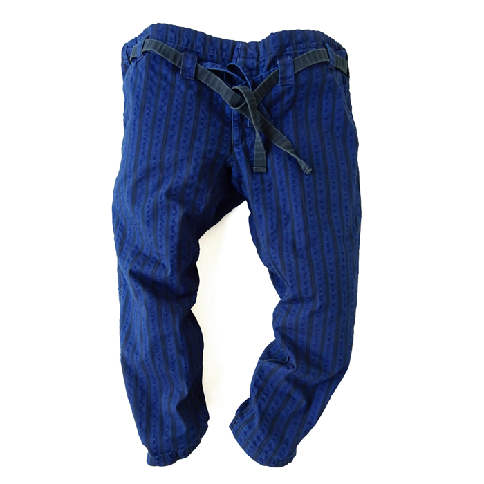 "<div style=""width:60px;display:inline-block;"">model</div> Karate Pants #15 ""Random Stripes""<br><div style=""width:60px;display:inline-block;"">color</div> indigo<br><div style=""width:60px;display:inline-block;"">material</div> cotton<br><div style=""width:60px;display:inline-block;"">price</div> 21,000JPY(+tax)"